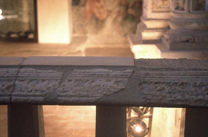 Integrazioni e restauro della balaustrata