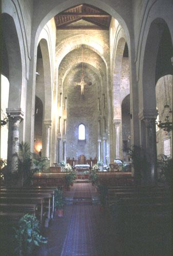Interno della Chiesa della Magione