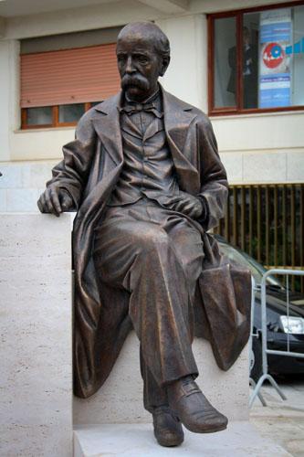 Monumento a Francesco Crispi e Rosalie Montmasson
